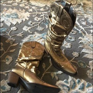Steve Madden gold leather slouchy boots